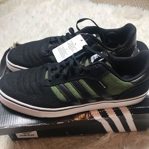 Nwt Men's Adidas copa Vulc Size 9,5